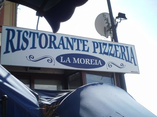 La Moreia : Restaurant Sign