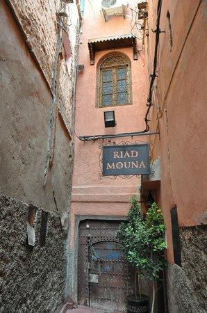 Riad Mouna: Entrada al Riad