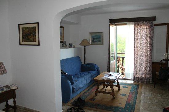 Hostal Los Pinos: Our room