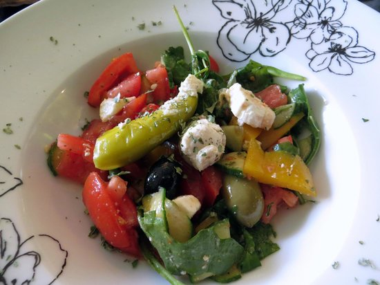 Pesto Pesto Feinkost: kleiner mediterraner Salat