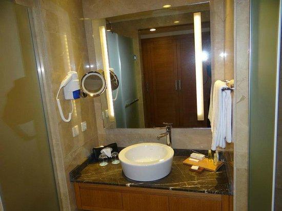 Paloma Oceana Resort: bathroom