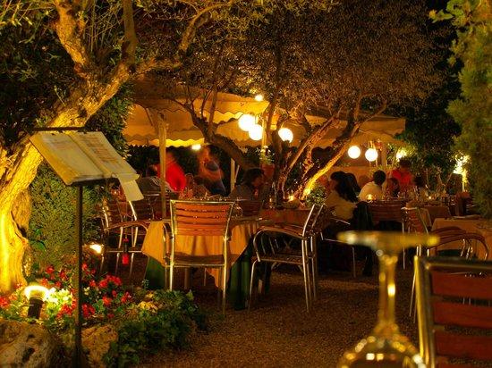 Gobolem : Jardin Encantador