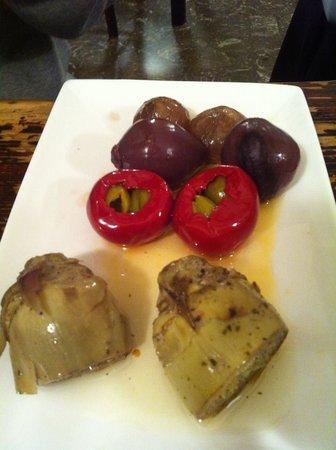 Antica Osteria da Cencio: artichok ดอง อร่อยค่ะ