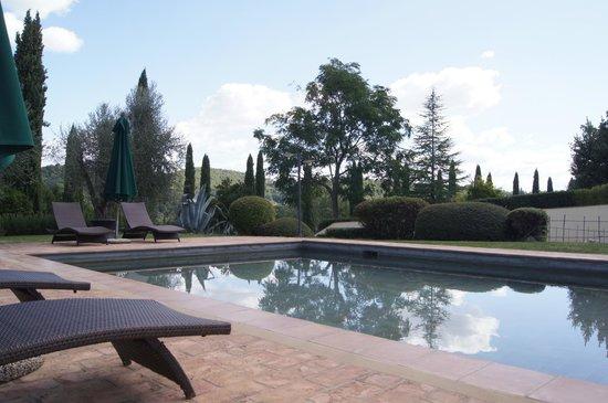Santa Maria a Poneta: Pool area.