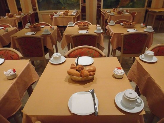 Hotel Regence: Breakfast Room