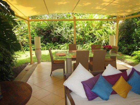 Villa Bidadari Nusa Dua: Breakfast setting