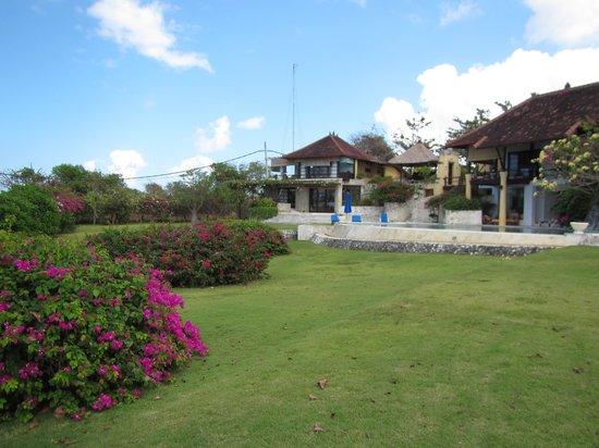 Villa Bidadari Nusa Dua: Garden