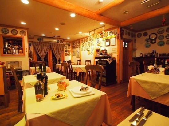 Pension Fraisier: お食事はこちらで。料理が美味しい❤