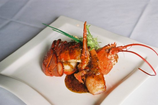 Goldfish: Lobster with honey pepper sauce