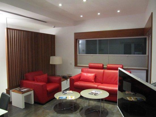 Apartamentos Espacio Eslava: Kitchen/Living Room