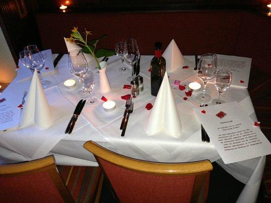 Valentinstag Tischdeko Bild Von Palladion Hannover Tripadvisor