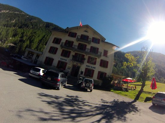 Auberge Mont-Blanc Trient : The Auberge... Photo is a bit artsy. Taken with a GoPro camera
