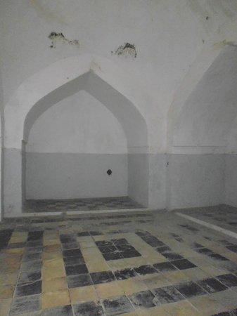 Hamamni Persian Baths : inside the baths