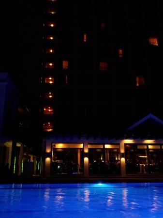Marco Polo Davao: Pool Area
