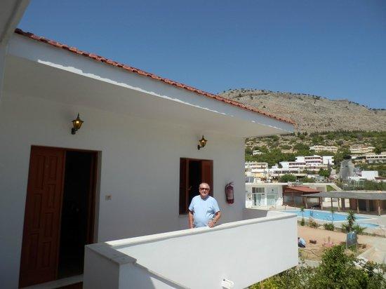 Maria Apartments Pefkos : Apt 8 front door / balcony