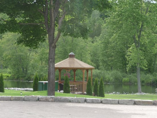 Hastings Resort: the gazebo