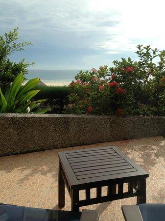Centara Sandy Beach Resort Danang: View from balcony