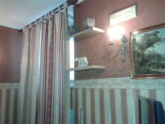 Le Camere Della Principessa B&B: interno camera