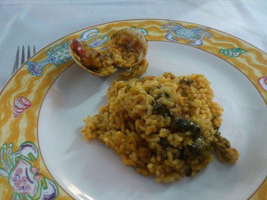 Casa Jaime: Sercicio de arroz Calabuch