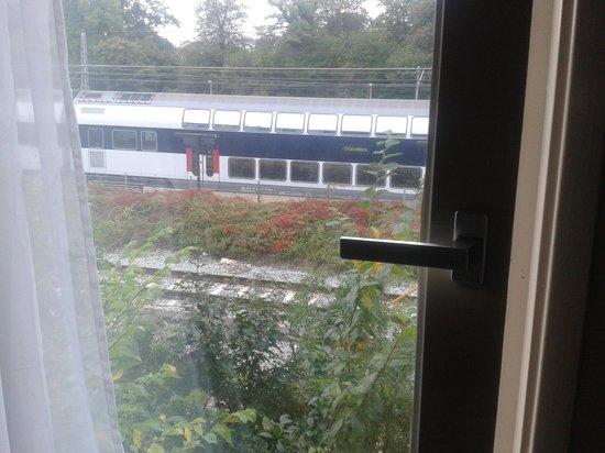 Hotel Osterport : treni in transito