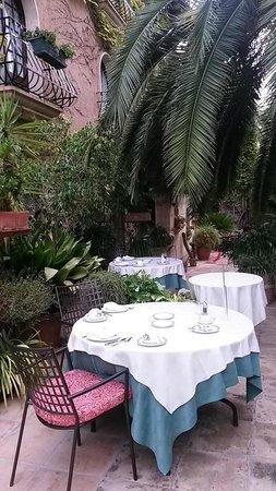 Petit Hotel Ses Rotges: Garden