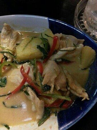 Pai Sukhothai: fried reis with pinaple