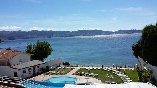Hotel Spa Nanin Playa: Vistas a la ria