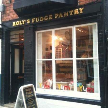 Roly's Fudge Lincoln: Roly's Fudge Pantry Steep Hill