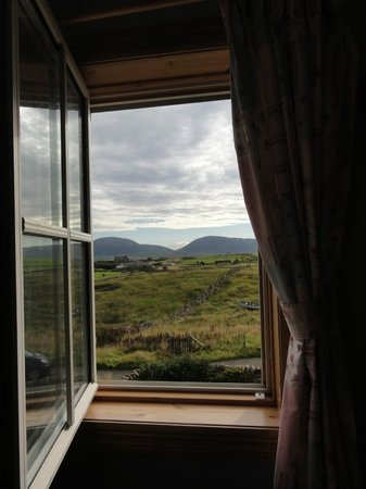 Brinkies Guest House : Window view from the Scapa Flow room