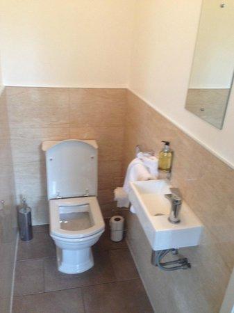 Innkeeper's Lodge London Greenwich: Toilet