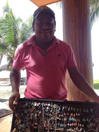 Casa Manana : Beachside vendor