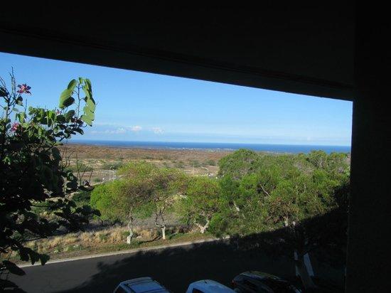 Paniolo Greens Resort: Ocean view (6 miles away) from 2nd bedroom