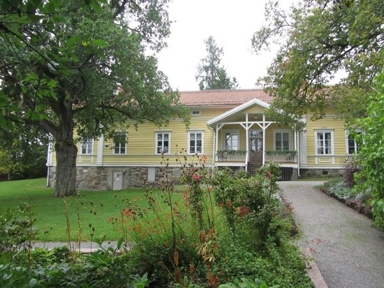 Lohja Museum main building from the garden side - Picture of ...