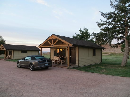 Cedar Pass Lodge : Sitting on the front porch!