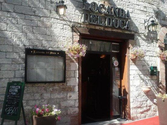 Hotel Ristoranti Locanda del Duca : entrata locale