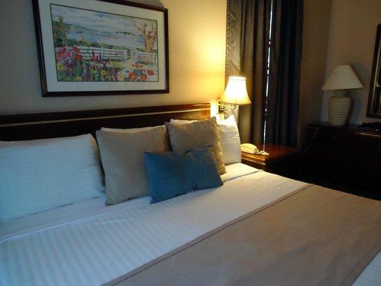 هابيتات سويتس: Another view of the bed