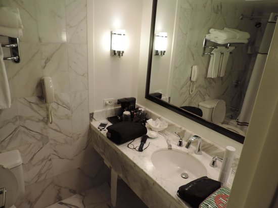 The Cliffs Resort: Partial view of bathroom