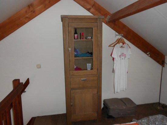 Slaapkamer In Kast : Kast in de slaapkamer foto van hotel dolores hollum tripadvisor