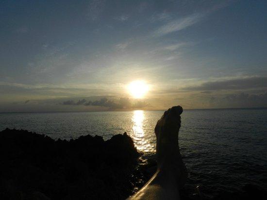 Playa Tranquilo: Por do sol em frente ao hotel