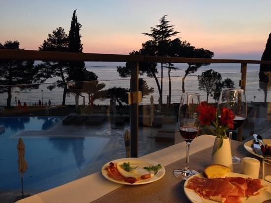 Hotel Laguna Parentium: Ужин на закате