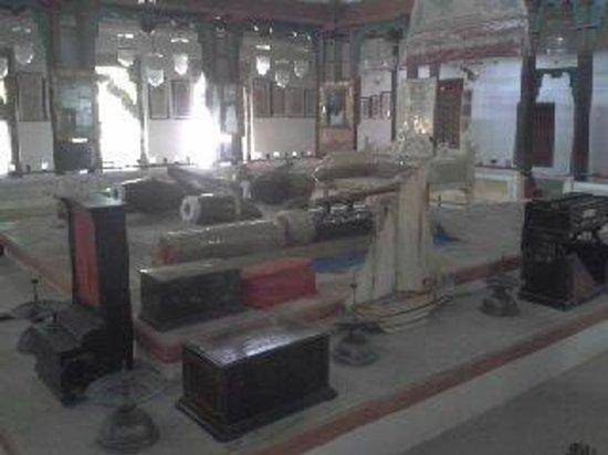 Aina Mahal: The kings darbar where he listened  to musicians