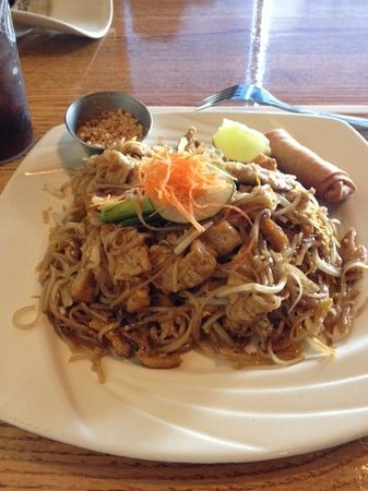 Thai D: Pad Thai lunch