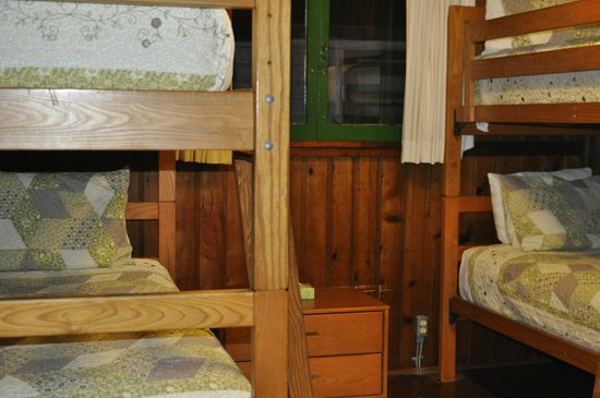 cottage 32 2nd room with 2 bunk beds picture of crystal cove rh tripadvisor com