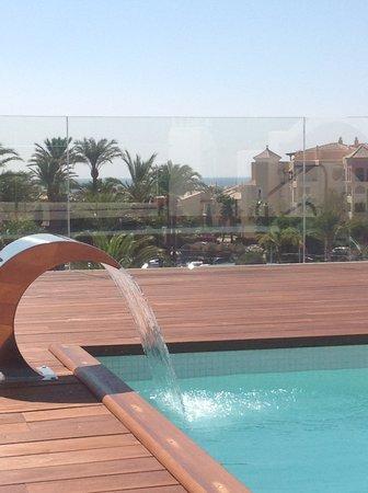 Hotel atlantico zahara de los atunes recenze a for Piscinas naturales zahara delos atunes