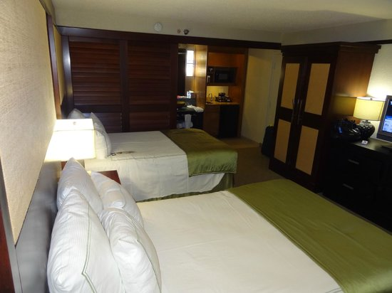 Doubletree by Hilton Orlando at SeaWorld: our hotel room 948