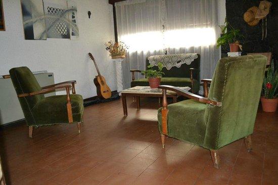 Mi Casa: living room