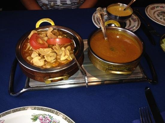 Stanwix Tandoori: chicken Tikka garlic and a madras sauce