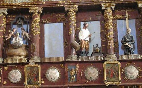 Santuario Beata Vergine Maria delle Grazie: interno Santuario