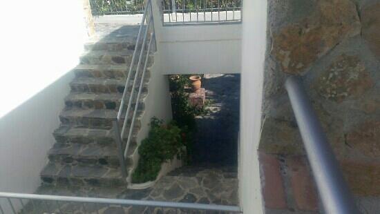 Colymbari Beach Hotel & Apartments: Уютный отель. на берегу