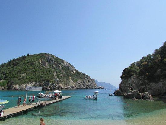 Paleokastritsa Beach : Praia grega